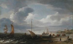 Vissers op het strand van Egmond aan Zee