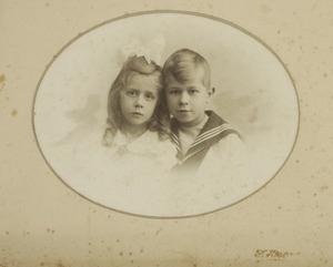 Dubbelportret van Miep en Henk van Walen