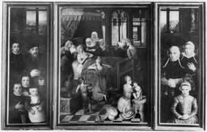 Portret van de stichter met vier zonen (links), de geboorte van Maria (midden), portret van de stichtster met twee dochters (rechts)