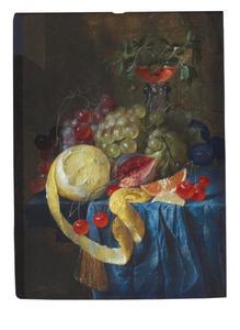 Stilleven met een wijnglas à la façon Venise, een deels geschilde citroen, druiven, een vijg en andere vruchten op een stenen plint
