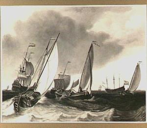 Binnenvaartschepen en een fregat op open water