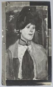 Vrouwenportret met blauwe hoed