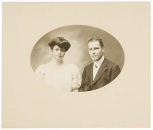 Portret van Dora Emilie Suermondt (1881-...) en Louis Mangelaar Meertens (1880-...)