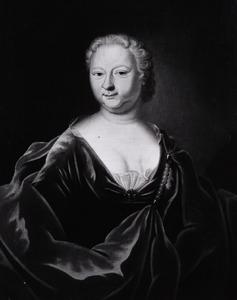 Portret van een vrouw, mogelijk Constance Eliana Huydecoper (1677-1743)