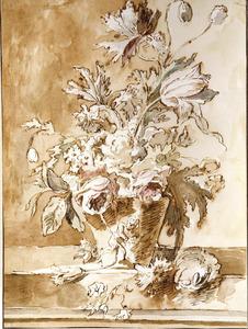Bloemstilleven in een vaas, versierd met een putto, en een vogelnest op een tafel