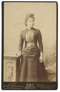 Portret van Francina Sophia Jacoba Cornelia Broers (1871-1943)