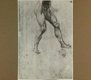 Studies van de benen van een naakte man en van een schouder