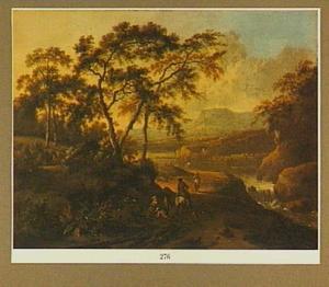 Zuidelijk berglandschap met waterval bij zonsondergang