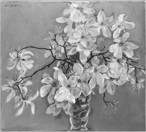Magnolia in glazen vaas