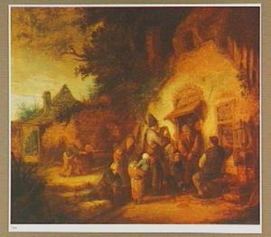 Samenscholing van mensen op een boerenerf met in het midden een doedelzak spelende man