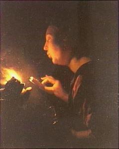 Jonge vrouw die een kaars aanblaast met een gloeiend kooltje: allegorie op de Brandende Liefde