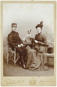 Portret van Edzard Hendrik Juckema van Burmania Rengers (1872-1951) en Quirina Jacoba van Welderen Rengers (1868-1942)