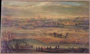 Panoramalandschap met reizigers bij een sluis, in de achtergrond een stad