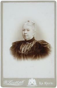 Portret van Susanna Gertruda Francoise Gevers (1831-1904)