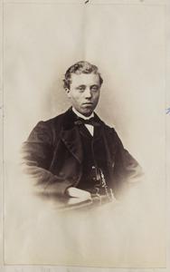 Portret van een jonge man uit familie Van der Meer