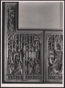 Johannes de Evangelist, de presentatie van Maria in de tempel, het huwelijk tussen Maria en Jozef (binnenzijde binnenste linkerluik); De annunciatie, (middendeel)