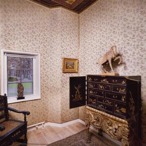 Kabinetje met plafondschildering