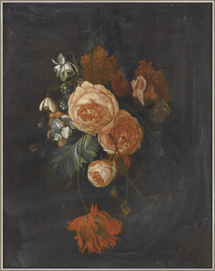 Festoen van bloemen aan een spijker