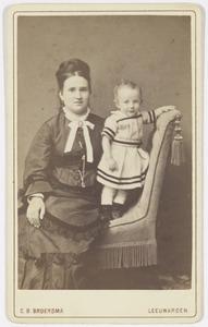 Portret van Willemina Augustina Salverda (1845-1917) en Ludolf Reinier Gratama (1875-1967)
