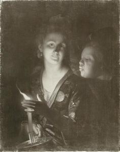 Vrouw met een kaars die een jongen probeert uit te blazen