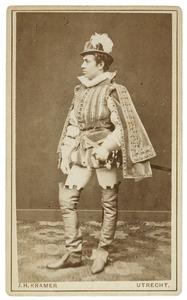 Portret van Lodewijk Constantijn Brouerius van Nidek (1858-...) als Heer van Hesdin
