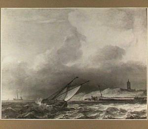Schip voor de kust; links op de achtergrond het silhouet van een driemaster