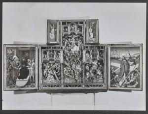Pilatus wast zijn handen in onschuld (binnenzijde linkerluik); Engel met Arma Christi (binnenzijde linker bovenluik); De kruisdraging, de kruisiging, de kruisfneming (middendeel); Engel met Arma Christi (binnenzijde rechter bovenluik); De opstanding (binnenzijde rechterluik)
