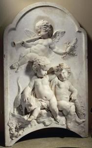 Drie putti, personificaties van: Fama, Libertas en Concordia