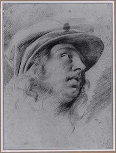 Kop van een jongeman met baret