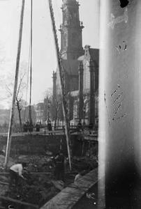 Gezicht op de doorbraak van de Raadhuisstraat met de Westerkerk