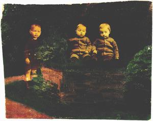 Portret van Wilhelm Joseph Kuckartz (1921-2007), Hans Kuckartz (1922-2002) en Toni Kuckartz (1922-1997)