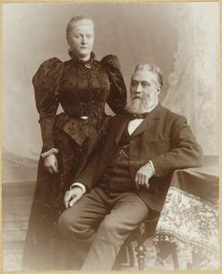 Portret van Jacobus van der Burch (1840-?) en Hendrika Martina Dutry van Haeften (1840-?)