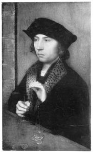 Portret van een man met weegschaal