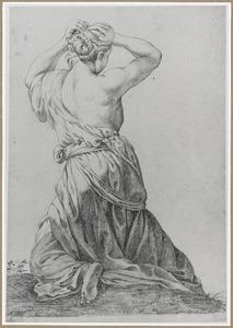 Geknielde vrouw haren vlechtend, rugfiguur