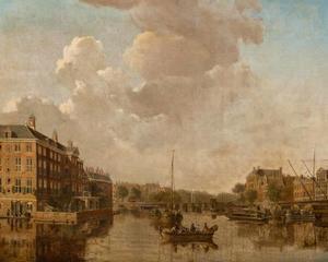 Amsterdam, gezicht op de Amstel richting de Blauwbrug met links het weeshuis van de Nederlands  Hervormde diaconie