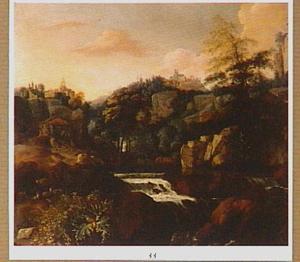 Zuidelijk landschap met rotsgebergte en waterval