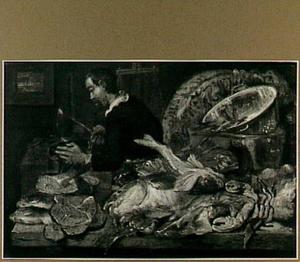 Interieur met man die vis schoonmaakt; op de voorgrond een aantal vissen
