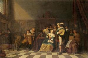 Elegant musicerend en rokend gezelschap in conversatie in een interieur