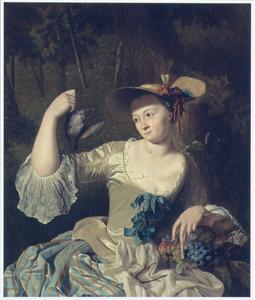 Een jonge vrouw contempleert een dode vogel