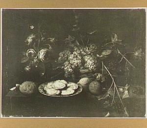 Stilleven met bloemen, vruchten en oesters