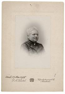 Portret van Johanna Maria Frederika du Peyrou van Breugel (1850-1905)
