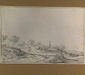 Duinlandschap, op de achtergrond een dorp
