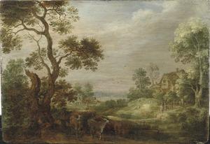 Boslandschap met een herder en zijn kudde, een boerderij in de verte