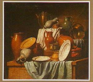 Stilleven met keukenvaatwerk