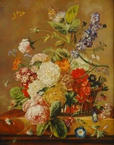 Bloemstilleven met vlinders in een rieten mand op een marmeren blad
