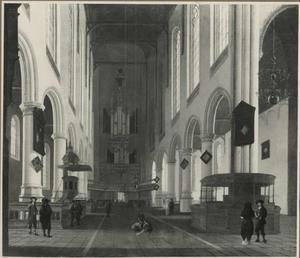 Interieur van de Oude Kerk in Delft, gezien naar het westen en het orgel