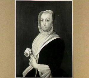 Portret van een vrouw met een roos in haar linkerhand