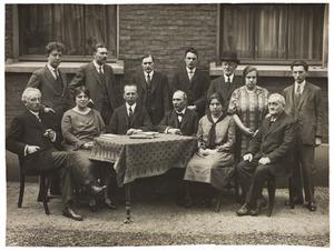 Portret van een groep onbekende mensen