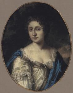Portret van een vrouw in een witte japon en een blauwe mantel