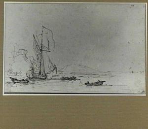 Schepen en roeiboten voor de kust